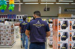 Procon-AM apreende 60 Kg de produtos durante fiscalização em Manaus